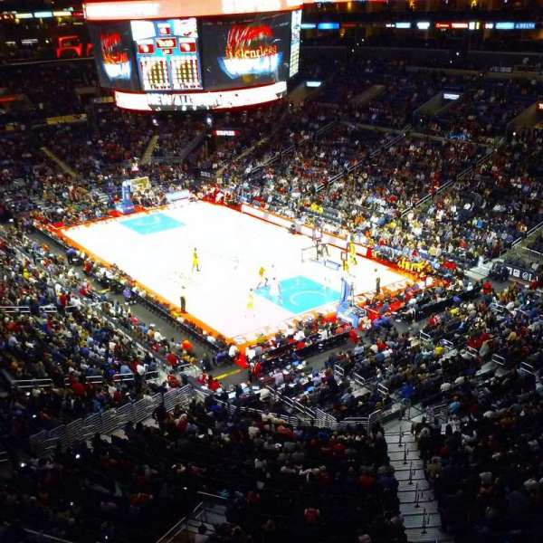 Staples Center, secção: suite C22