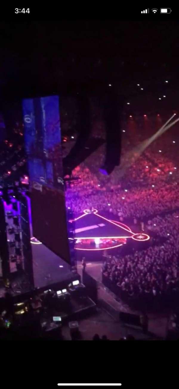 Manchester Arena, secção: 222, fila: C, lugar: 13