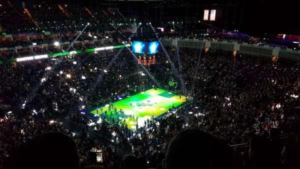 The O2 Arena, secção: 415, fila: M, lugar: 813