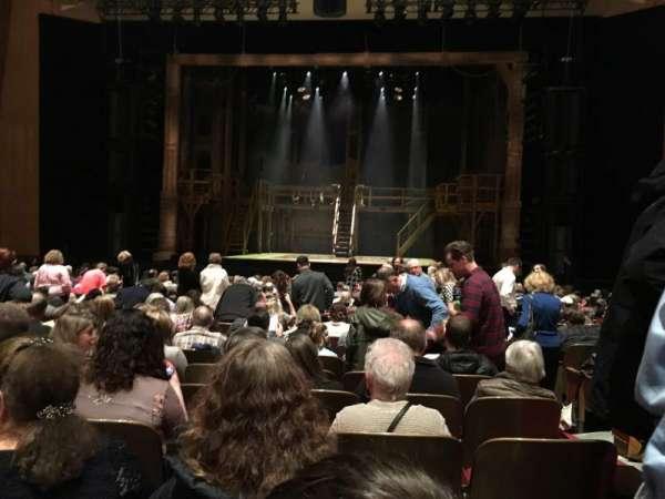 Keller Auditorium, secção: ORCHESTRA D, fila: Q, lugar: 12