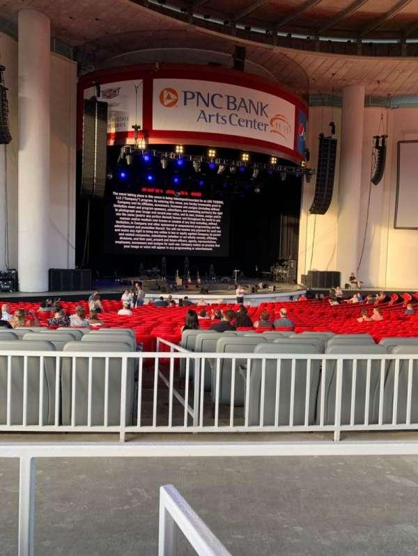 PNC Bank Arts Center, secção: 203, fila: 34, lugar: 6