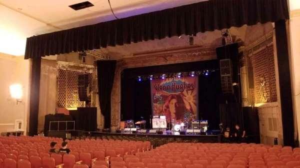 Keswick Theatre, secção: Middle Right, fila: J, lugar: 22