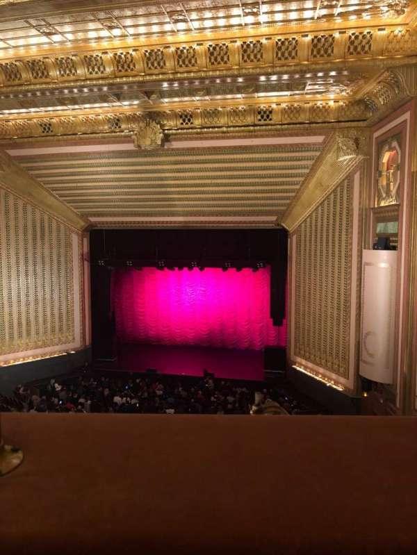 Lyric Opera House, secção: 3 Rd Floor, fila: 1, lugar: 17