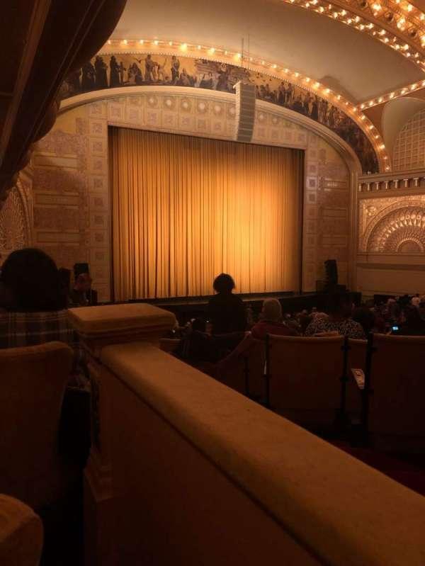 Auditorium Theatre, secção: LBox-L9, fila: 1, lugar: 1
