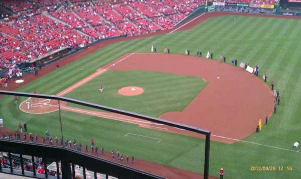 Busch Stadium, secção: 440, fila: 3, lugar: 1