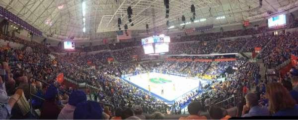 Exactech Arena, secção: 215, fila: 6, lugar: 9