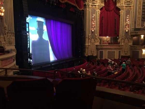 Nederlander Theatre (Chicago), secção: Dress Circle L, fila: CC, lugar: 7
