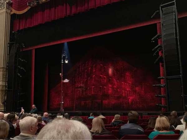 Nederlander Theatre (Chicago), secção: Orchestra R, fila: M, lugar: 10
