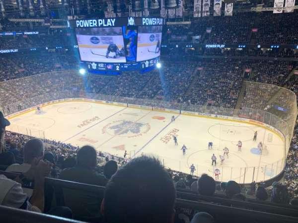 Scotiabank Arena, secção: 319, fila: 10, lugar: 17