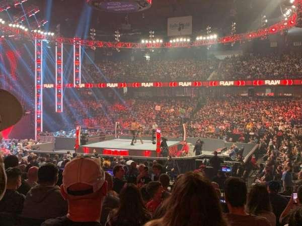 Allstate Arena, secção: 102, fila: J, lugar: 4