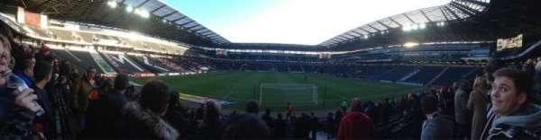 Stadium MK, secção: 32, fila: R, lugar: 917