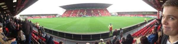 Alexandra Stadium, secção: The Whitby Morrison Stand