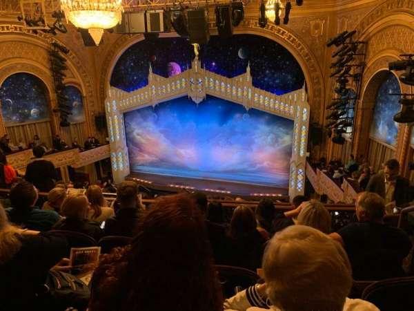 Eugene O'Neill Theatre, secção: Mezzanine R, fila: J, lugar: 122