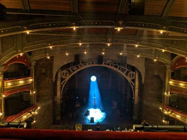 Lyric Theatre, secção: Balcony C, fila: A, lugar: 105