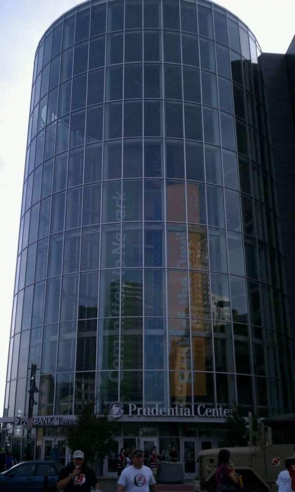 Prudential Center, secção: 104, fila: 10, lugar: 8