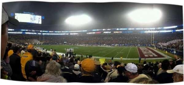 Bank of America Stadium, secção: 128, fila: 15, lugar: 4