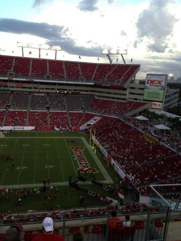 Raymond James Stadium, secção: 313, fila: E, lugar: 14