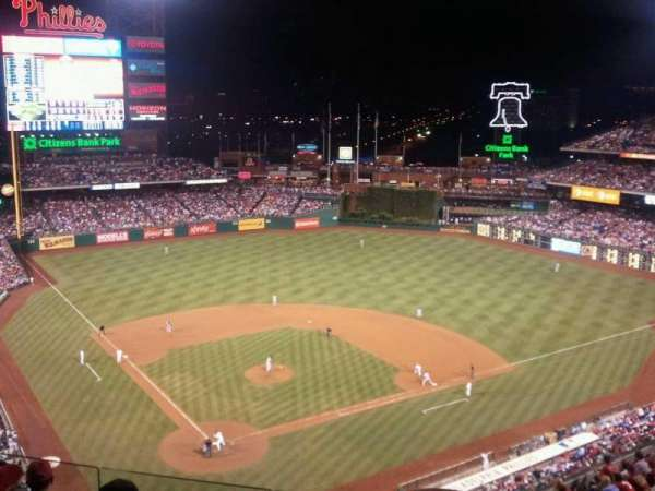 Citizens Bank Park, secção: 419, fila: 6, lugar: 9