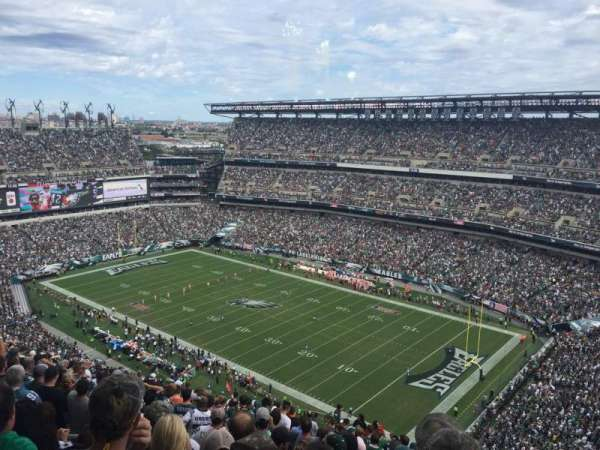 Lincoln Financial Field, secção: 207, fila: 25, lugar: 18