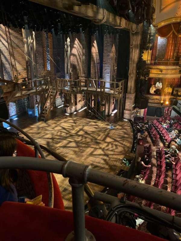Richard Rodgers Theatre, secção: Box F, lugar: 1