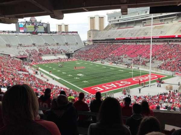 Ohio Stadium, secção: 6B, fila: 7, lugar: 2