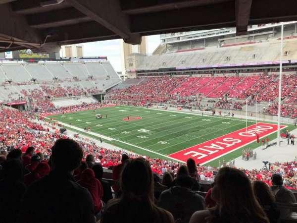 Ohio Stadium, secção: 8B, fila: 8, lugar: 3