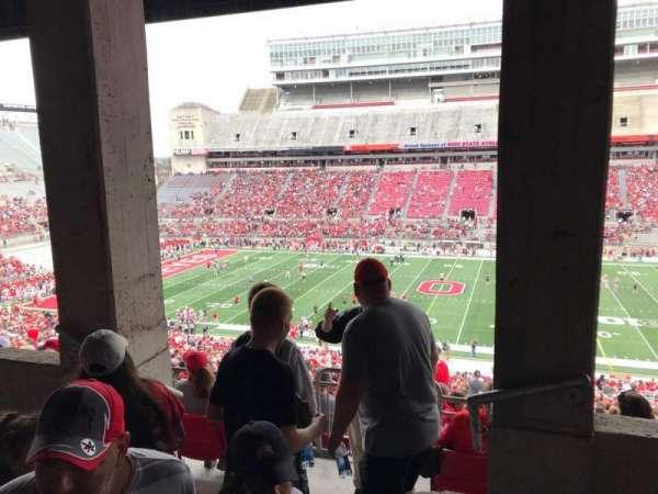 Ohio Stadium, secção: 18b, fila: 4, lugar: 24
