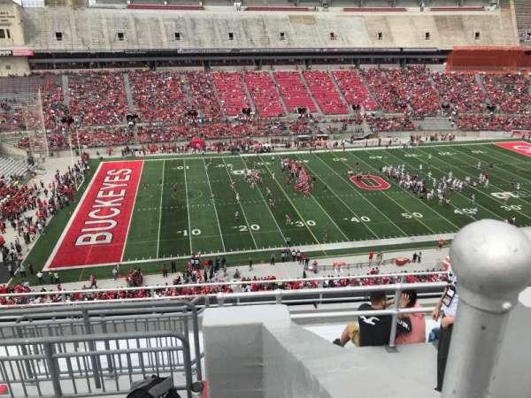 Ohio Stadium, secção: 26C, fila: 11, lugar: 11