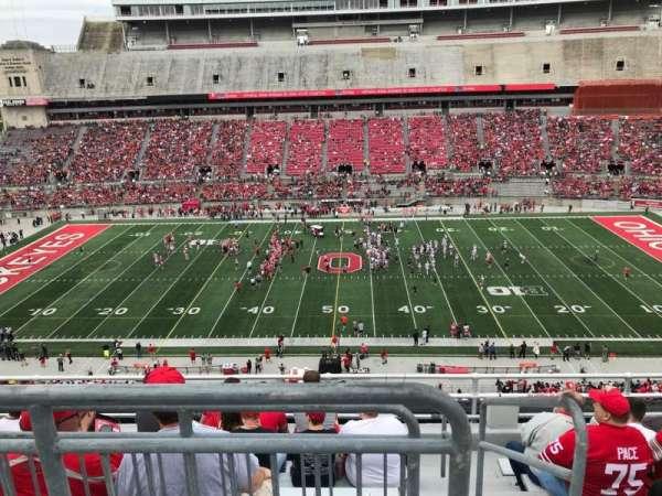 Ohio Stadium, secção: 22c, fila: 8, lugar: 1