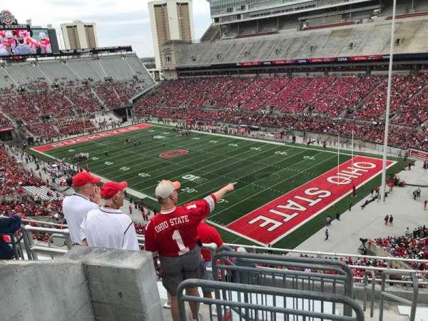 Ohio Stadium, secção: 12c, fila: 10, lugar: 1