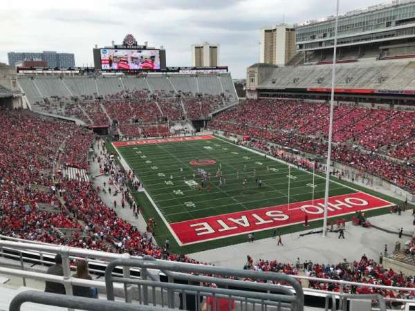 Ohio Stadium, secção: 8c, fila: 9, lugar: 1