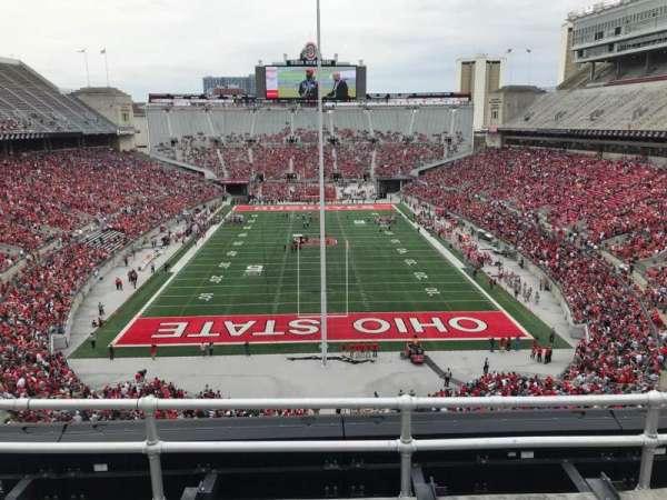 Ohio Stadium, secção: 2c, fila: 4, lugar: 3