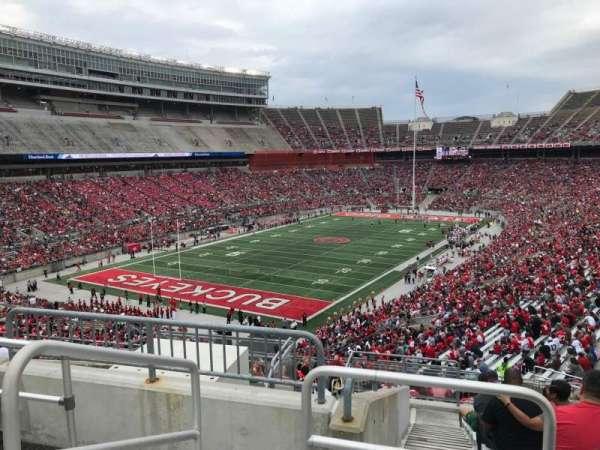 Ohio Stadium, secção: 32b, fila: 12, lugar: 16