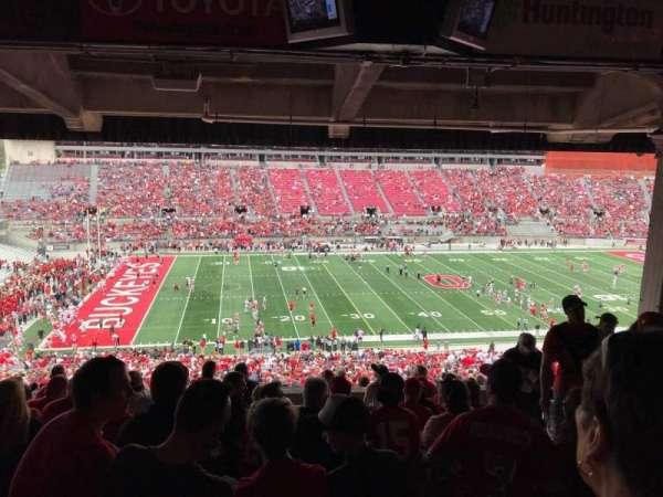 Ohio Stadium, secção: 22B, fila: 11, lugar: 6