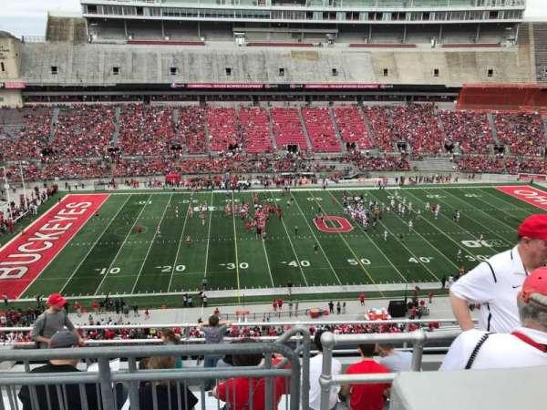 Ohio Stadium, secção: 24c, fila: 9, lugar: 13