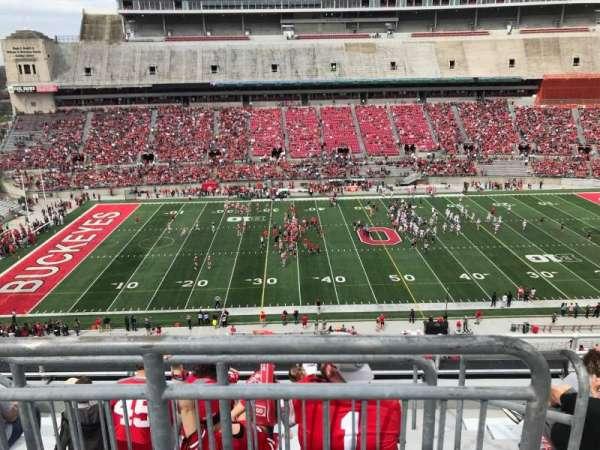 Ohio Stadium, secção: 24c, fila: 8, lugar: 2