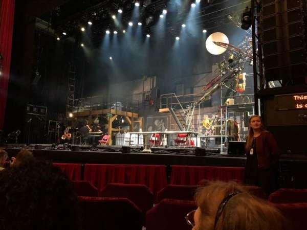Nederlander Theatre (Chicago), secção: Orchestra R, fila: E, lugar: 12