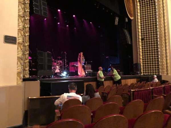 Pabst Theater, secção: LT, fila: E, lugar: 1