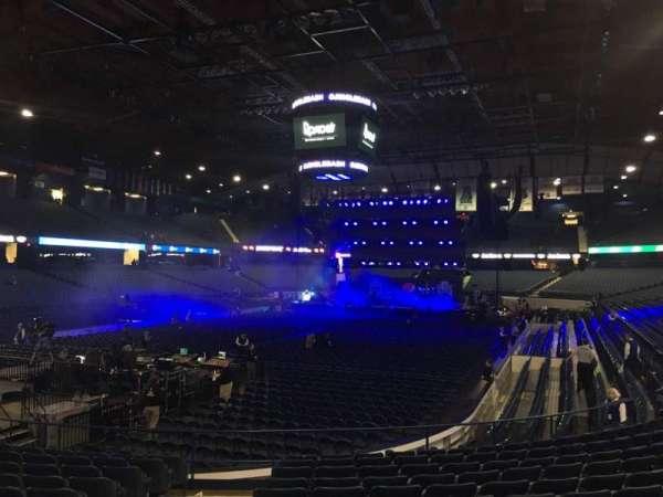 Allstate Arena, secção: 113, fila: M, lugar: 29