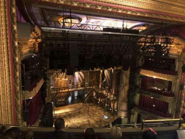 CIBC Theatre, secção: Balcony LC, fila: D, lugar: 09