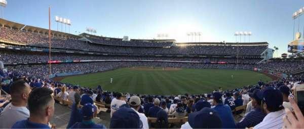 Dodger Stadium, secção: 308PL, fila: P, lugar: 1