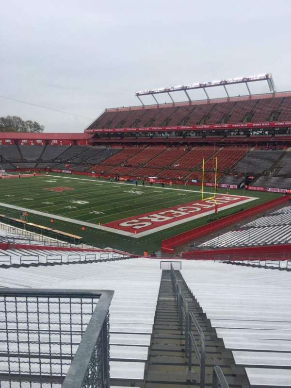 High Point Solutions Stadium, secção: 143, fila: 31