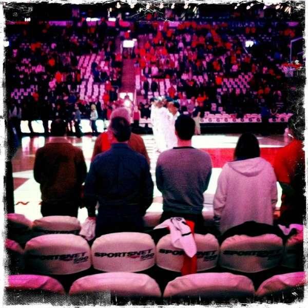 Scotiabank Arena, secção: 107, fila: 1, lugar: 24