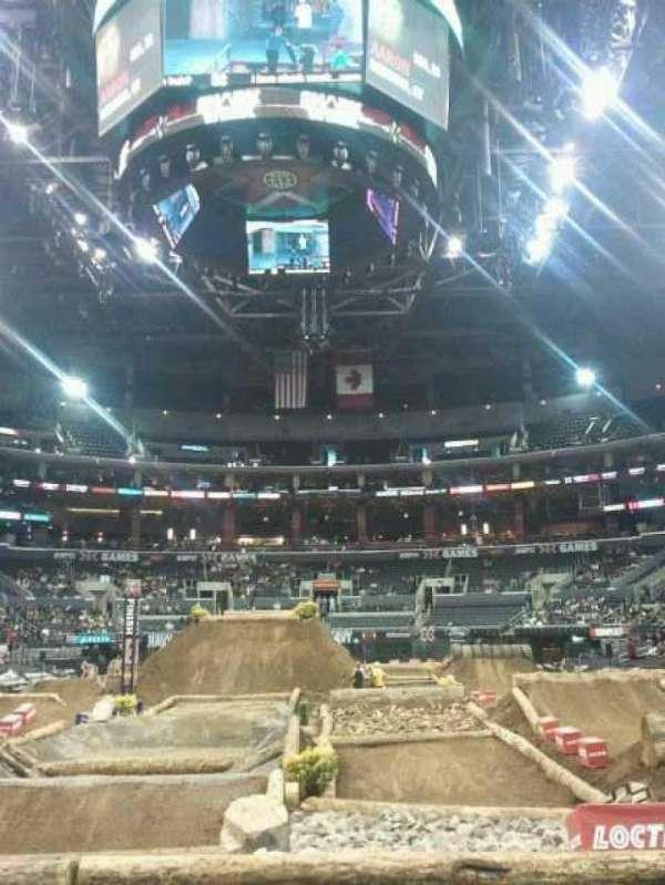 Staples Center, secção: 107, fila: 11, lugar: 2