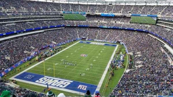 Metlife Stadium, secção: 323, fila: 20, lugar: 27