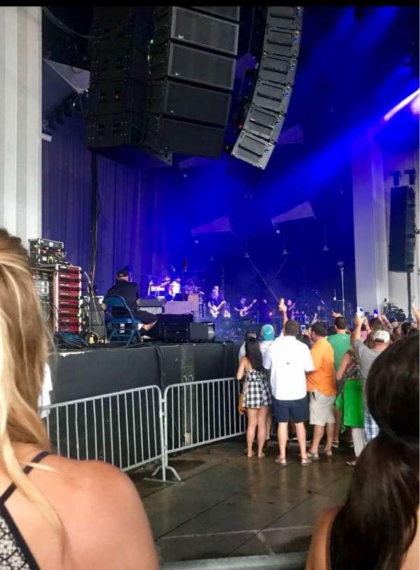 PNC Music Pavilion, secção: 3, fila: J, lugar: 24