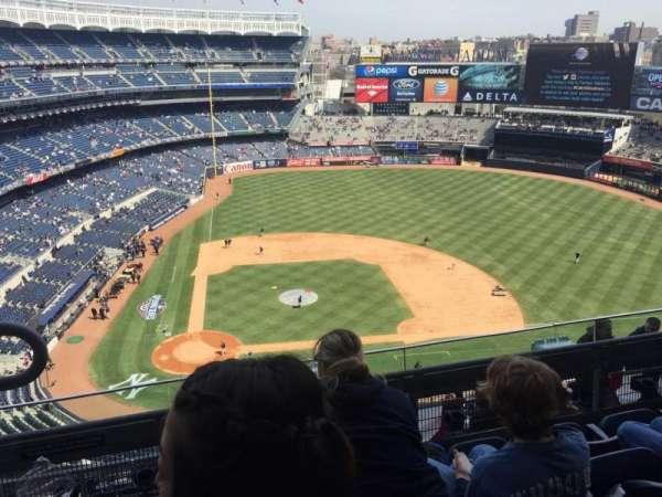 Yankee Stadium, secção: 417, fila: 4, lugar: 19