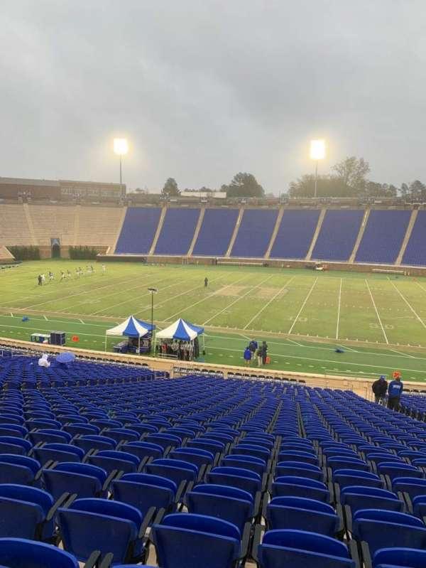 Wallace Wade Stadium, secção: 28, fila: BB, lugar: 13