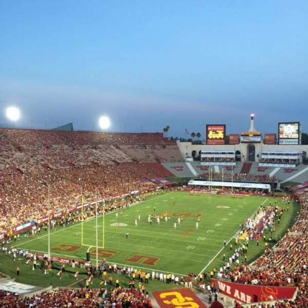 Los Angeles Memorial Coliseum, secção: 312, fila: 7, lugar: 1