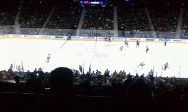 State Farm Arena, secção: 211, fila: H, lugar: 23